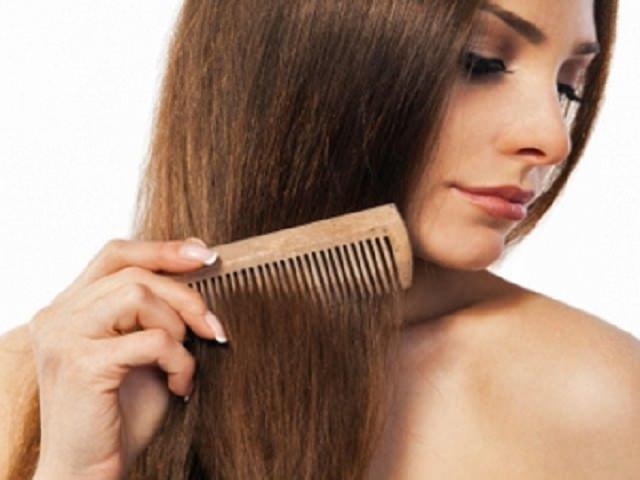 Правильно расчесываем волосы - это основной уход за волосами