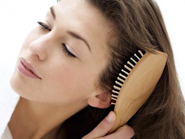 Что делать если выпадают волосы пятнами на