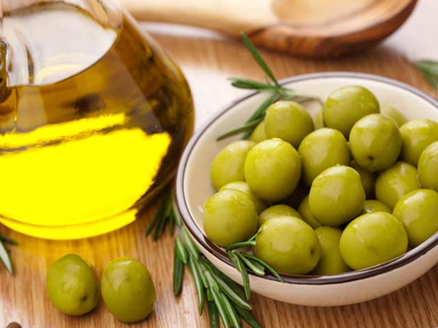 Маска с оливковым маслом в домашних условиях