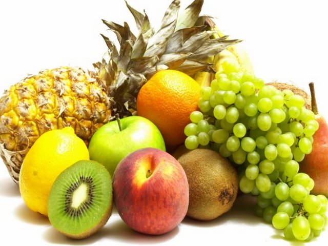 Разные фрукты в сборе