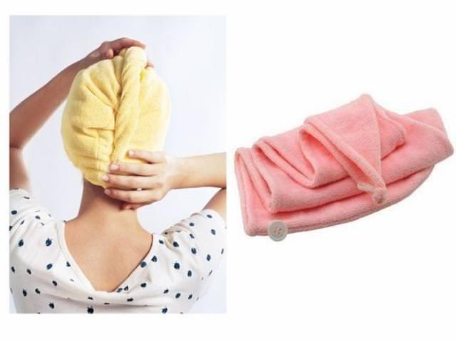 просушить волосы полотенцем