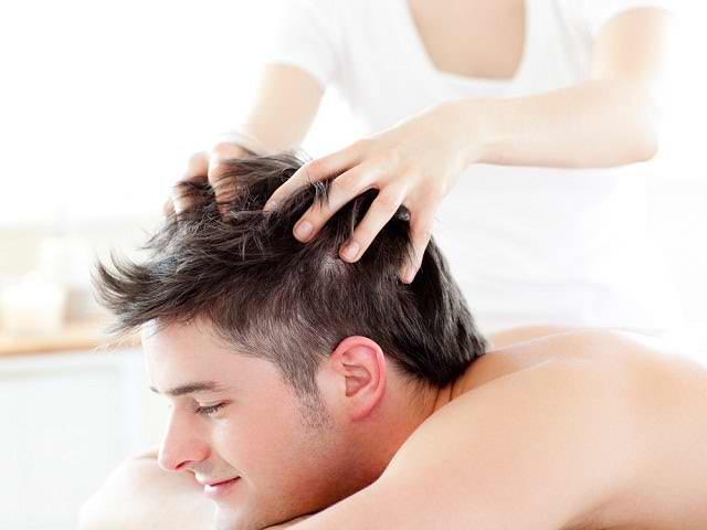 Процедурае массажа головы